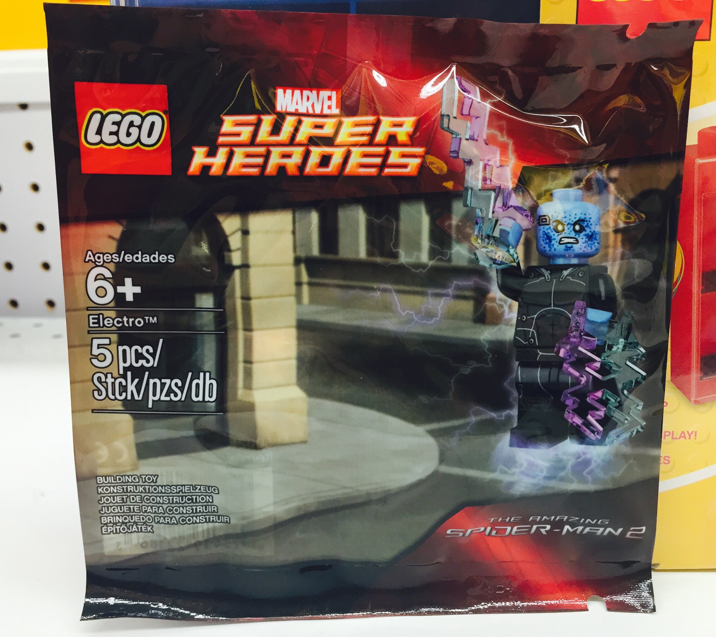 Lego Electro Minifigure Polybag Released In Stores