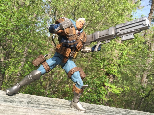 Marvel Select Cable Figure Dual-Wielding Guns