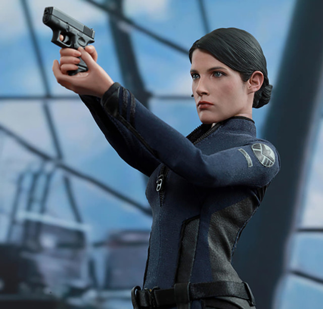 2015 Toy Fair Exclusive Hot Toys Maria Hill Sixth Scale Figure