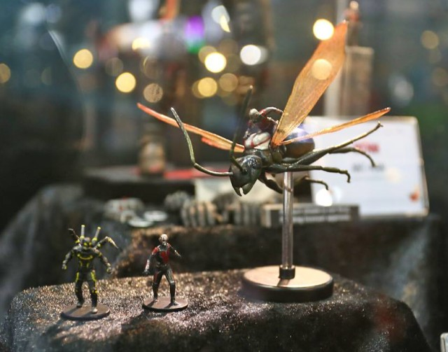 ACGHK 2015 Hot Toys Ant-Man on Flying Ant Miniature
