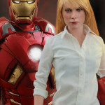Exclusive Hot Toys Pepper Potts & Iron Man Mark IX Set!