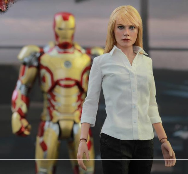 Iron Man Hot Toys Pepper Potts Movie Masterpiece Series Figure