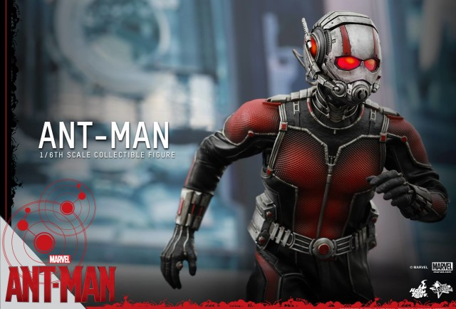 MMS 308 Hot Toys Ant-Man Figure with Light Up LED Helmet