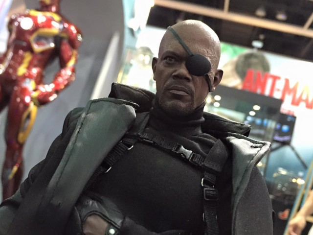 Nick Fury Hot Toys Captain America The Winter Soldier Figure