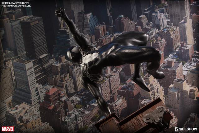 Premium Format Symbiote Spider-Man Statue