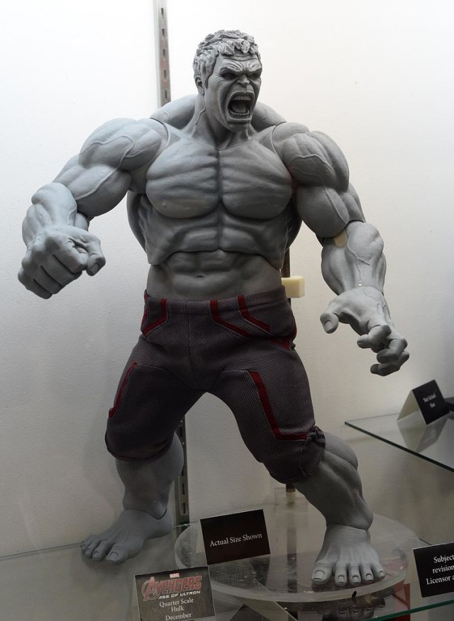 SDCC 2015 NECA Hulk Quarter Scale Figure