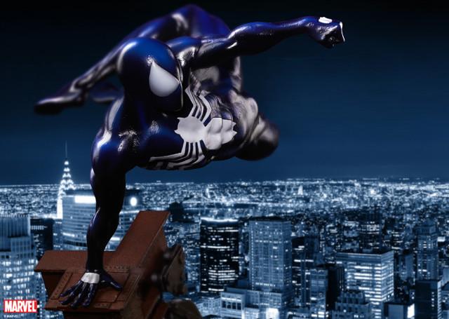 Symbiote Spider-Man Premium Format Figure Statue