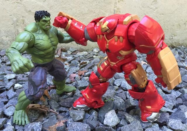 Hasbro Hulkbuster Iron Man vs. DST Hulk