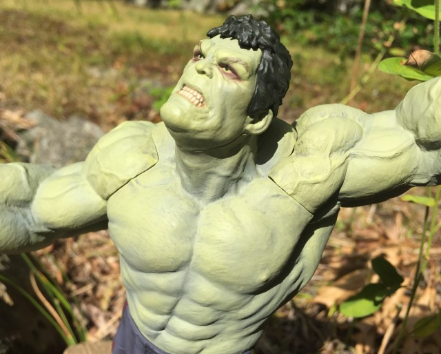Close-Up of Avengers Age of Ultron Kotobukiya Grey Hulk Exclusive Rampaging Statue