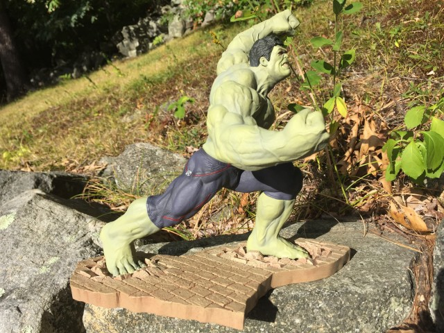Koto Entertainment Earth Rampaging Hulk Exclusive Statue