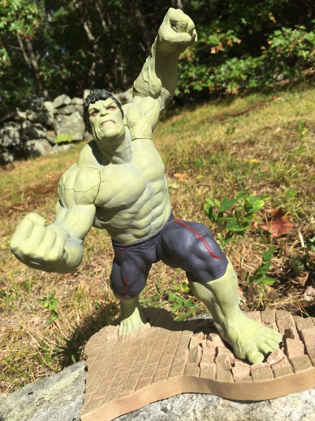 Entertainment Earth Exclusive Rampaging Hulk Statue Review