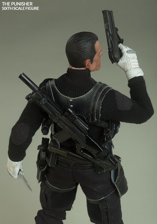 Back of The Punisher Sideshow Sixth Scale Figure