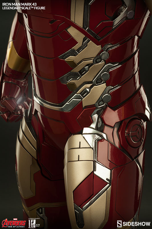 Close-Up of Iron Man Mark 43 Legendary Scale Figure Statue