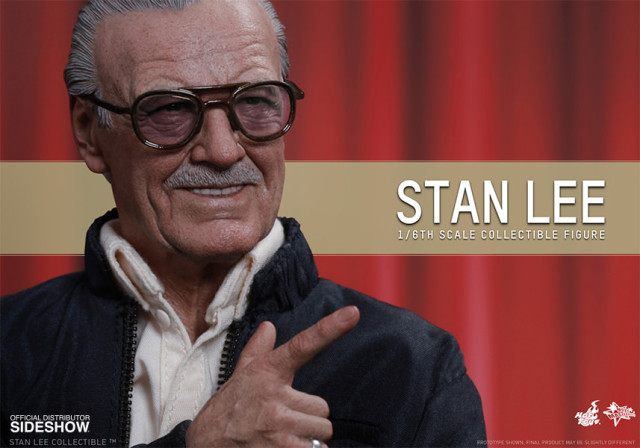 Close-Up of Stan Lee Hot Toys Figure Head