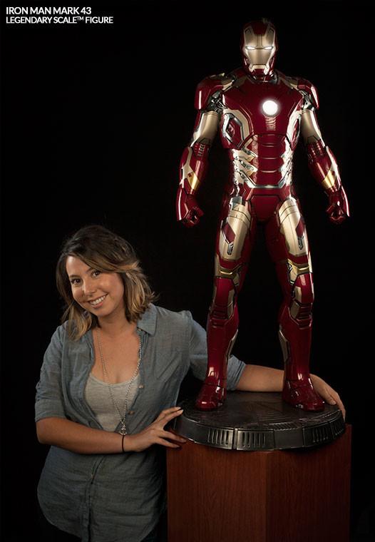 Iron Man Mark XLIII Legendary Scale Statue Photo Size Comparison