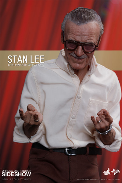 Stan Lee Hot Toys Figure with Spider-Man Thwip Hands