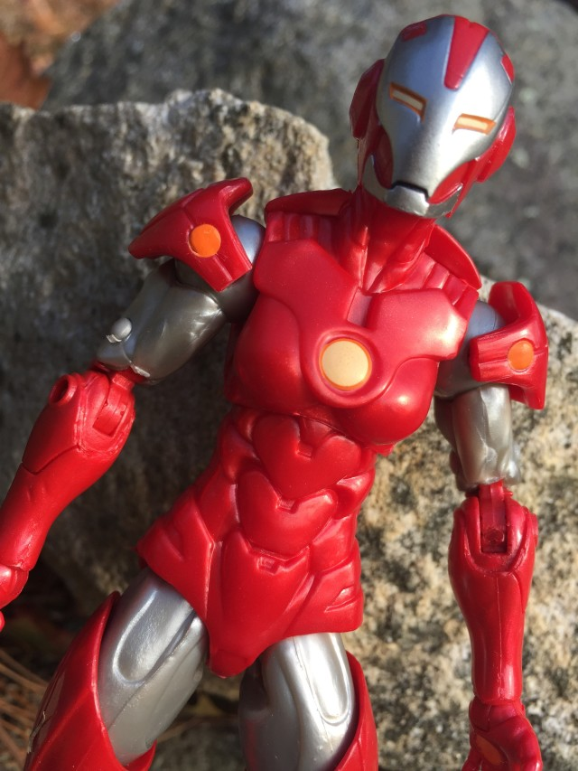 Rescue Marvel Legends Exclusive Figure Close-Up