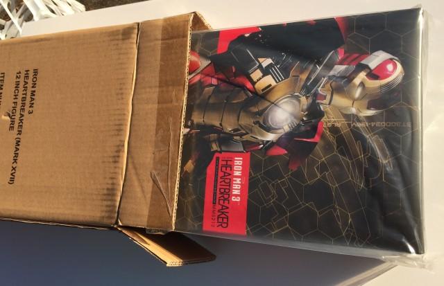 Heartbreaker Iron Man Hot Toys Unboxing