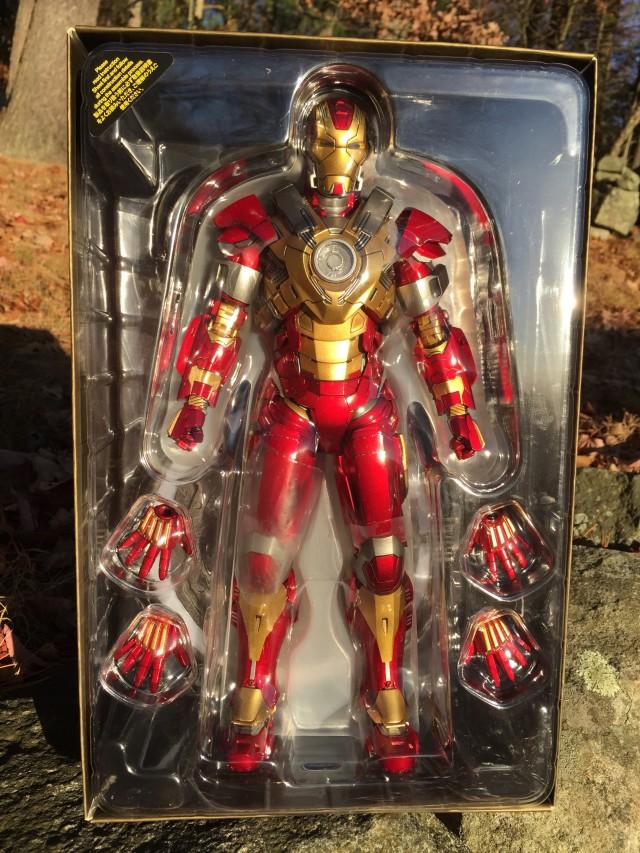 Hot Toys Iron Man Heartbreaker 1/6 Figure in Packaging