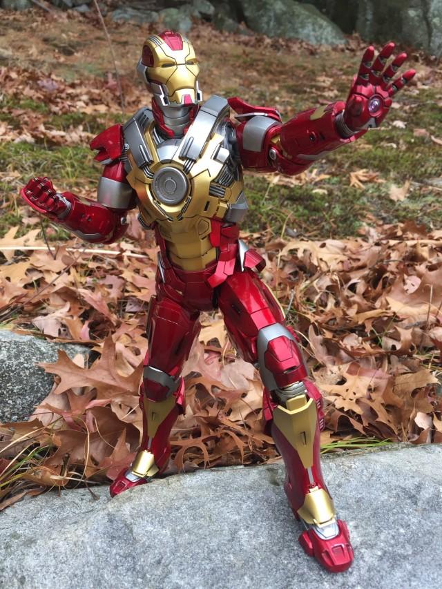 Hot Toys Heart Breaker Iron Man Movie Masterpiece Series Figure