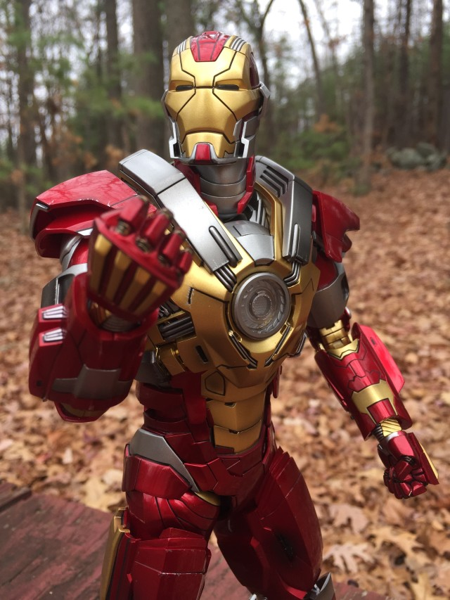 Heartbreaker Iron Man Hot Toys MMS 212 Review