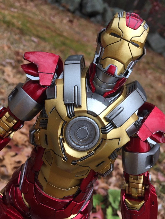 Close-Up of 12 Inch Heart Breaker Iron Man Hot Toys Action Figure
