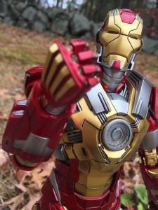 Hot Toys Heartbreaker Iron Man Review