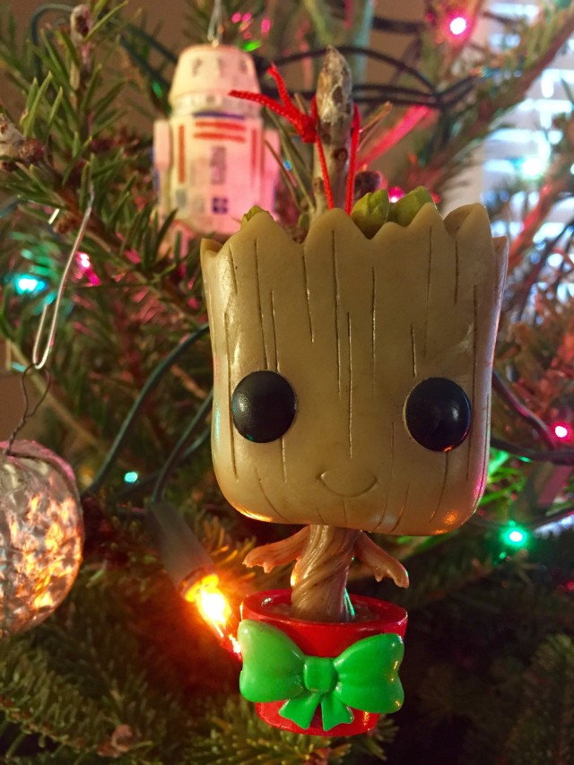 Funko Dancing Baby Groot POP Bobblers Vinyl Ornament