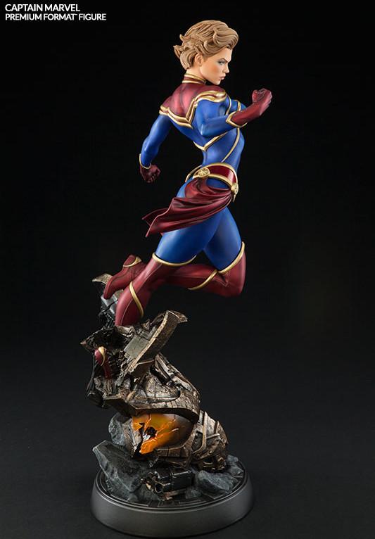 2016 Sideshow Marvel Premium Format Figure Captain Marvel Statue