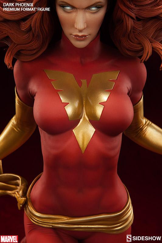 Close-Up of Sideshow Marvel 2016 Premium Format Figure Dark Phoenix
