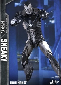 Iron Man 3 Hot Toys Mark 15 Sneaky Iron Man Sixth Scale Figure