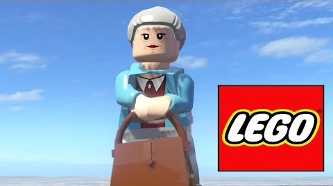 LEGO Aunt May Screenshot from Marvel Super Heroes Video Game