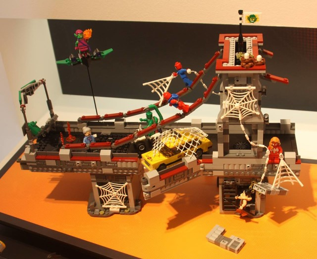 LEGO Ultimate Spider-Man Web Warriors Bridge Battle 76057