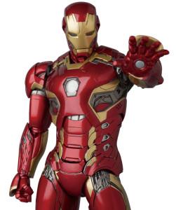 MAFEX Iron Man Mark 45 Figure