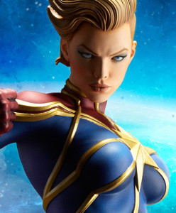 Sideshow Captain Marvel PF Figure Close-Up
