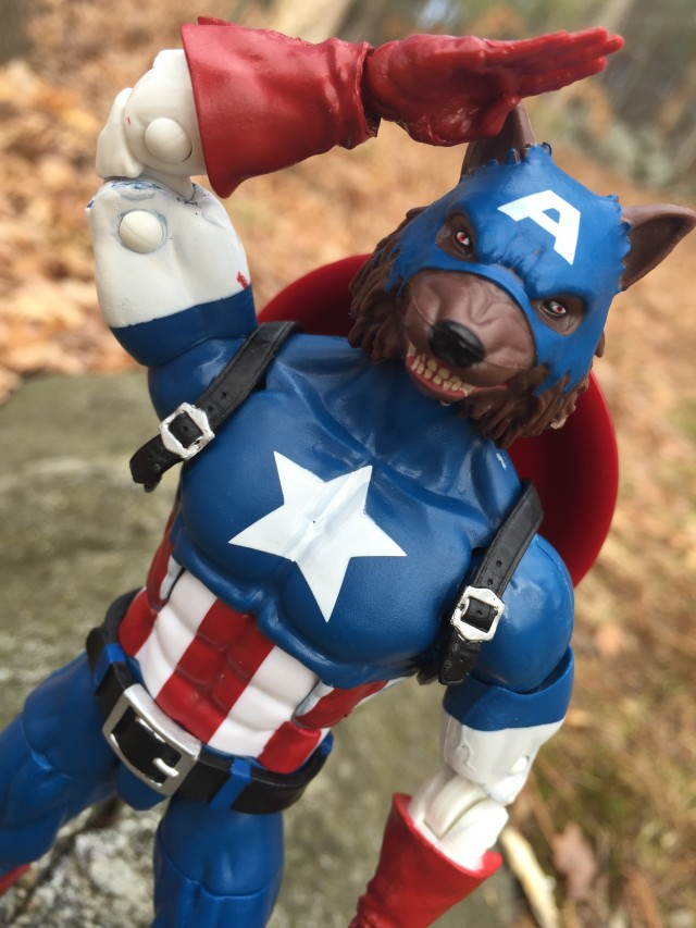 Cap-Wolf Head Marvel Legends 2016 Close-Up