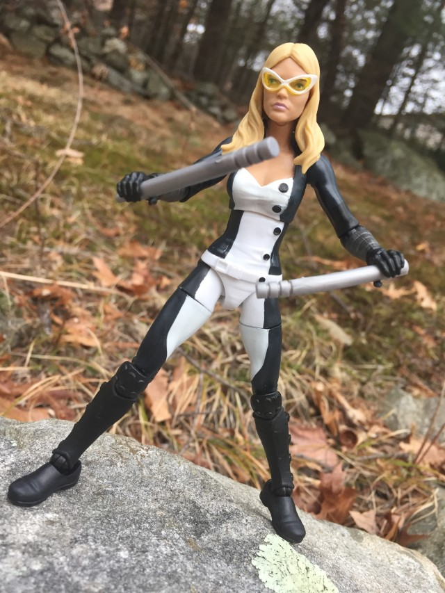 Mockingbird Marvel Legends 2016 Figure with Batons