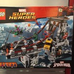 Toy Fair 2016: LEGO Marvel Spider-Man Bridge Battle Set!