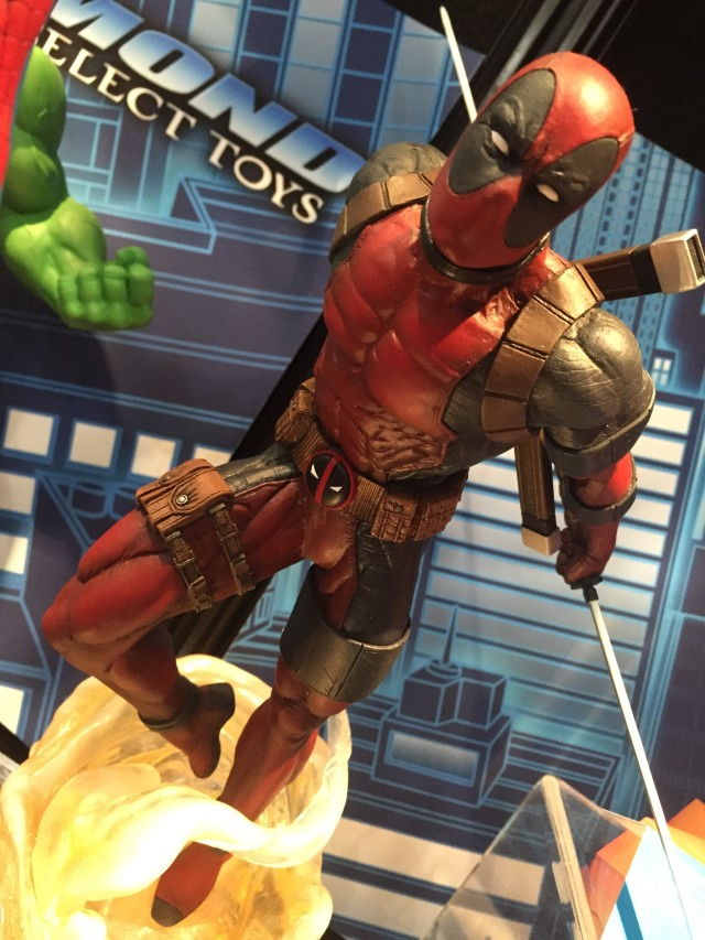 Deadpool Marvel Gallery Statue Diamond Select Toys