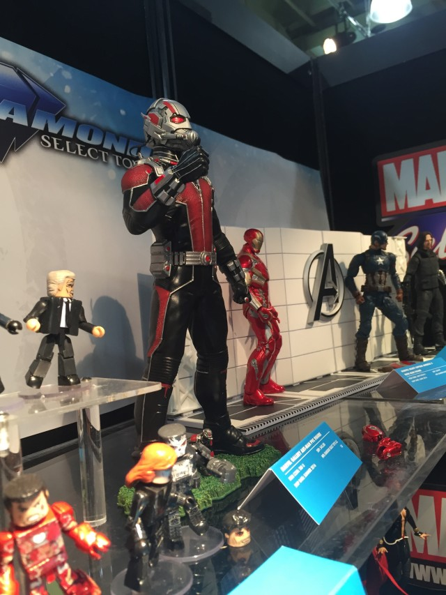 Marvel Select Giant-Man Ant-Man Marvel Gallery Statue