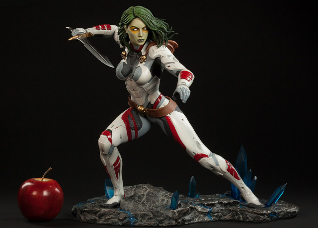 Scale Photo of Sideshow Collectibles Gamora Premium Format Figure