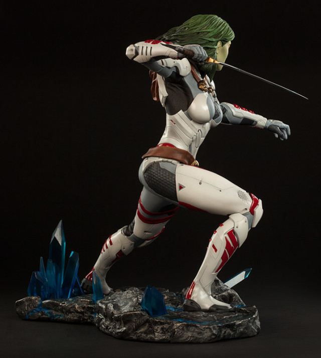 Side View of Sideshow Collectibles Gamora Statue