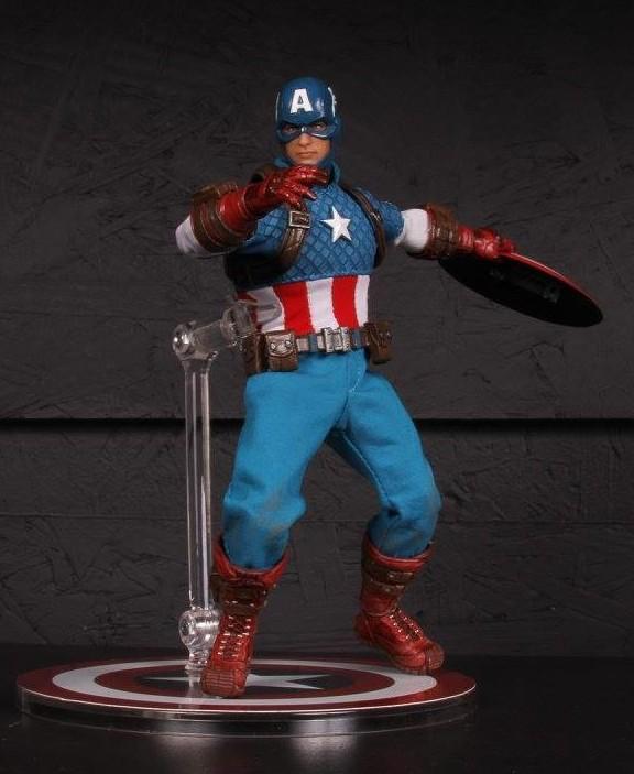 Toy Fair 2016 Mezco One12 Collective Modern Captain America Figure