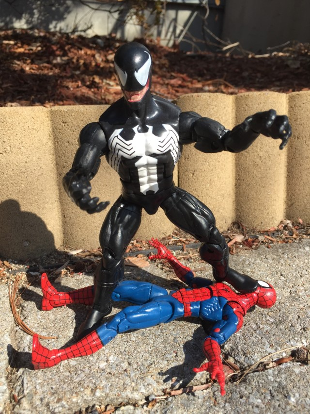 Hasbro Marvel Legends Spider-Man 2016 Venom Action Figure 6 Inch