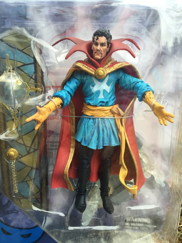 Diamond Select Doctor Strange Figure and Accessories