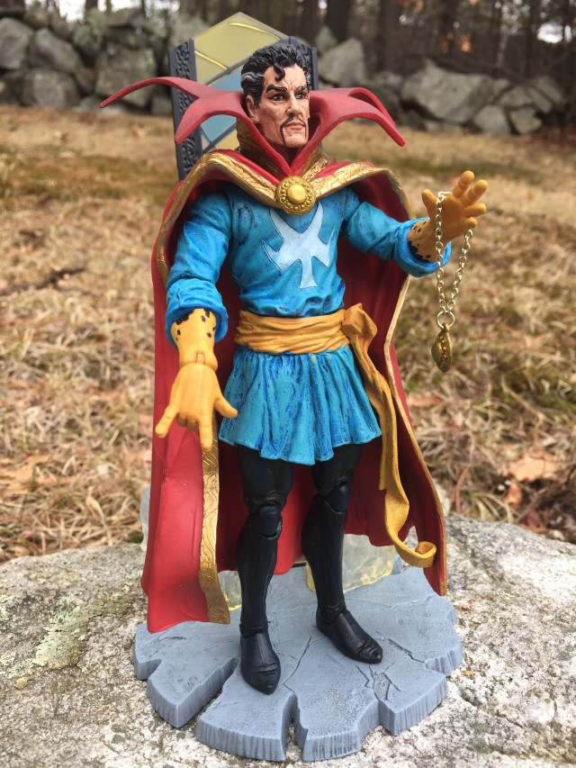 Marvel Select Doctor Strange Figure on Base