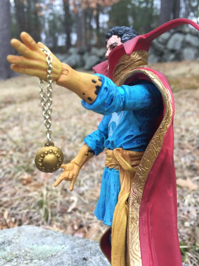 Diamond Marvel Select Doctor Strange Eye of Agamotto Accessory