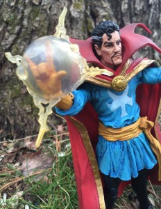 Doctor Strange Marvel Select Figure Review
