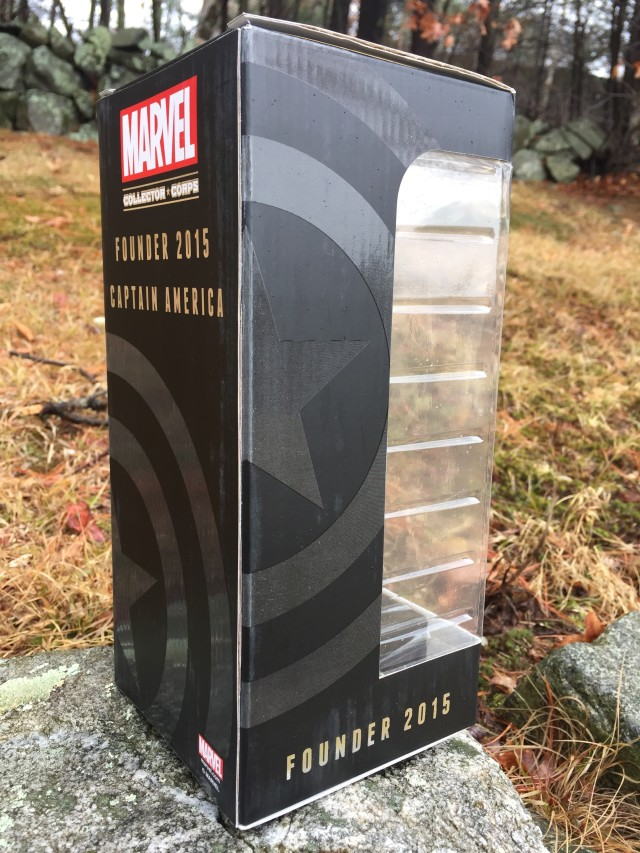 Back of Marvel Collectors Corps 2015 Founder Gift Statue Box
