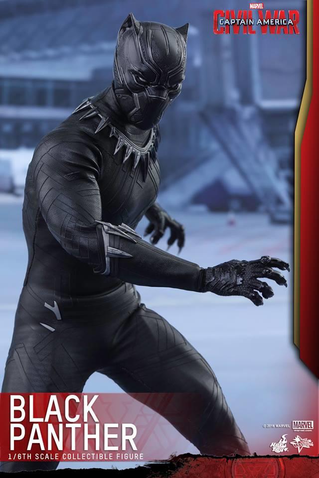 Hot Toys Civil War Black Panther Figure